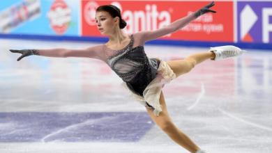 صورة بالفيديو …شيرباكوفا تفوز بالذهبية في بطولة روسيا للتزحلق على الجليد