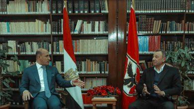 صورة وزير الرياضة العراقي: نجاحات الأهلي فخر للرياضة العربية